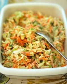 SOUL KITCHEN: Coleslaw elikkä kaali-porkkanasalaatti Coleslaw, Fried Rice, Food Inspiration, Vegan Vegetarian, Side Dishes, Good Food, Food And Drink, Cooking Recipes, Tasty