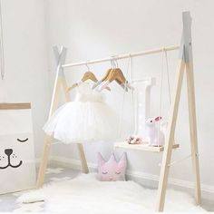 48 Creative DIY Clothes Rack Design Ideas - Best Home Decorating Ideas Baby Bedroom, Nursery Room, Girls Bedroom, Diy Clothes Rack, Clothing Racks, Kid Clothing, Ballerina Room, Casual Decor, Rack Design