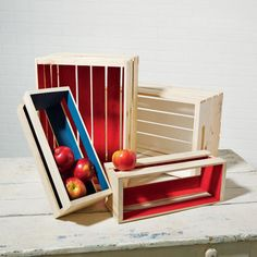 Add a patriotic touch to your home with these painted wood crates crafted with #marthastewartcrafts paint
