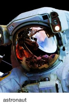 Close up and personal to someone who NASA confirm is made of 'The right stuff '✔️