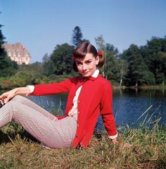 Audrey. 50s.