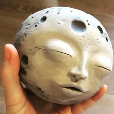 Ceramic Pottery, Pottery Art, Ceramic Art, Clay Sculptures, Sculpture Art, Clay Art Projects, Send A Card, Dry Clay, Incense Burner