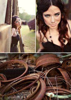 Alternative Boudoir Shoot | The Boudoir Vixen | Black, gold, lace, glitter and tulle | The Knotty Bride™ Wedding Blog + Wedding Vendor Guide