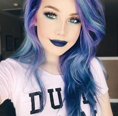 Pin by lynn dingman on short hairstyles purple hair, galaxy hair, dyed hair. Pastel Hair, Purple Hair, Bright Blue Hair, Dye My Hair, New Hair, Grey Balayage, Pelo Multicolor, Galaxy Hair, Coloured Hair