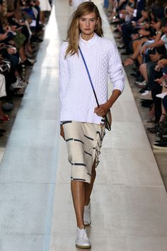 See the Tory Burch Spring 2015 collection on Vogue.com.