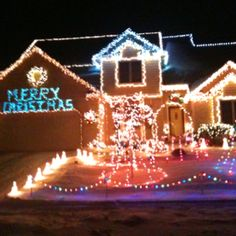 Black light Christmas decorations! Oh man...Haha I'm in love ...