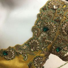 New Bridal Accessories Boutique Ideas Wedding Saree Blouse Designs, Pattu Saree Blouse Designs, Fancy Blouse Designs, Hand Work Blouse, Maggam Work Designs, Stylish Blouse Design, Back Neck Designs, Designer Blouse Patterns, Bridal Accessories