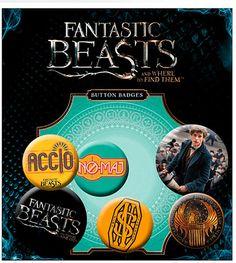 Pack 6 chapas Animales fantásticos y dónde encontrarlos  Pack de 6 chapas con imágenes pertencientes al film Animales fantásticos y dónde encontrarlos, dentro del universo Harry Potter.