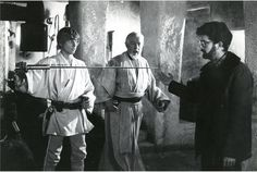Note the wires running from the saber up Luke's sleeve, and down his leg (used to power the blade rotating motor in the saber handle. The blade was coated with a reflective covering which shimmered when captured on film. Eventually this would be rotoscoped over by hand to add the light blue blade)
