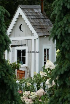 SMALL SHED Hidden in the GARDEN 5x7 photo by aseyeseeitlal on Etsy