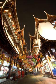 China, Shanghai, Yu Garden with assorted chinese lanterns