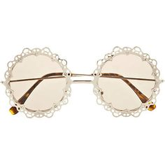 I either want these or think that they are ridiculous ...not sure which yet...probably want them