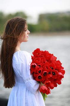 Red tulips by Sergey Shatskov on 500px