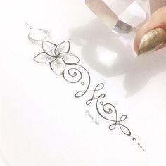 • J A S M I M • Outra flor de sol em tatuagem! #sunflower #sunflowertattoo #unalome #jasmimtattoo #plumeriatattoo #rustictattoo #plumeria