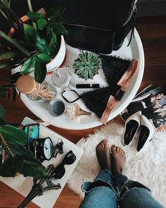 126 отметок «Нравится», 10 комментариев — Дарья Харина (@alexipi68) в Instagram: «А вы уже купили колготки в сетку??? . Мне было лет 17 когда я их носила последний раз))) Помню моя…»