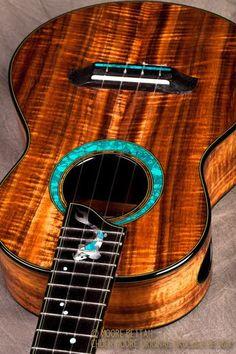 Moore Bettah Ukulele – 2 Tenor's Ukulele Instrument, Ukulele Art, Cool Ukulele, Tenor Ukulele, Ukelele, Ukulele Songs, Ukulele Tumblr, Custom Acoustic Guitars, Custom Guitars
