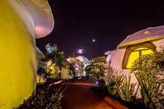Localizado na Chapada dos Veadeiros, o Espaço Naves LunaZen é um hotel onde os quartos ficam em réplicas de naves espaciais