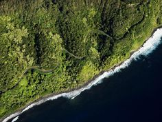 Get stop-by-stop directions for a driving tour of Maui's Hana Coast from National Geographic's Ultimate Road Trips. Maui's Hana coast delivers black-sand beaches, plunging waterfalls—and a doozy of a drive.
