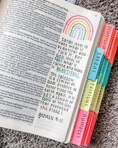 The bible 723742602606619528 - Source by marielandrey Bible Study Notebook, Bible Study Journal, Scripture Study, Bible Art, Bible Drawing, Bible Doodling, Bible Verses Quotes, Bible Scriptures, Cute Bibles