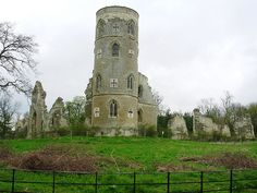 Wimpole's Folly (mid in the parish of Wimpole, in Cambridgeshire, England. Designed to resemble the ruins of a medieval castle. Gothic Castle, Medieval Castle, Pagoda Temple, Castle Ruins, Historical Fiction, Victorian Gothic, 18th Century, Gazebo, Around The Worlds