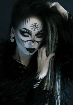 Drag Makeup, Body Makeup, Gothic Makeup, Fantasy Makeup, Goth Beauty, Dark Beauty, Maquillaje Halloween, Halloween Face Makeup, Krieger Make-up