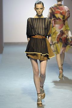 Missoni Spring 2009 Ready-to-Wear Collection Slideshow on Style.com