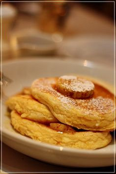 "Pancakes of ""Bills"" in Tokyo."