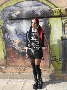 More looks by Αγγελική-Μαρία Καλογεροπούλου: http://lb.nu/angelicaincarnate  #pastel #college #cat #demonia