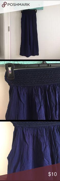 navy blue flowy pants Navy blue pants. Flowy. Comfortable. Elastic waist. Pants Wide Leg