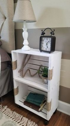 DIY Crate Shelf on Casters - Diy furniture design Crate Nightstand, Crate Furniture, Furniture Projects, Furniture Design, Nightstand Ideas, Cheap Furniture, Rustic Furniture, Bedside Tables, Antique Furniture