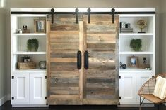 """DIY Murphy Bed - How to build easily in just 15 easy stepsFind out more about """"Murphy Bed Plans Queen"""". Visit our website. murphybedplansqueenDIY Murphy Bed - How to build easily in just 15 easy Murphy Bed Kits, Build A Murphy Bed, Queen Murphy Bed, Murphy Bed Desk, Murphy Bed Plans, Murphy Bes, Murphy Bed Office, Desk Bed, Murphy-bett Ikea"""