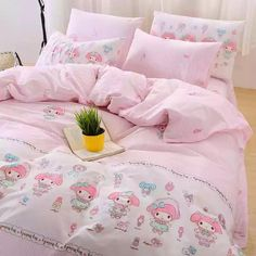 My Melody Bed sheet,Quiltcover,Pillowcover Bedding Sets Online, Luxury Bedding Sets, Modern Bedding, Girls Bedroom, Bedroom Decor, Bedrooms, Bedroom Black, Pastel Room, Kawaii Room