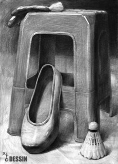 25 Chair Pencil Drawing Ideas - New Pencil Sketch Drawing, Pencil Shading, Pencil Art Drawings, Easy Drawings, Art Sketches, Still Life Sketch, Still Life Drawing, Drawing Furniture, Chair Drawing
