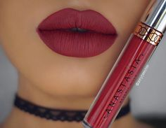 Currant Liquid Lipstick @annybeeutee #anastasiabeverlyhills #abhcurrant
