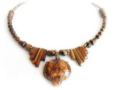 Collana pendente tigre in pietra occhio di tigre di Gioielli Malina Capricciosa su DaWanda.com