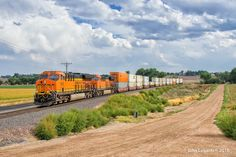 https://flic.kr/p/LgZxCY | Brand New Intermodal Service | Yesterday, BNSF…