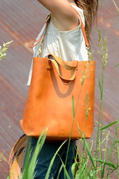 Handmade Large Leather Tote Bag von FarrellandCompany