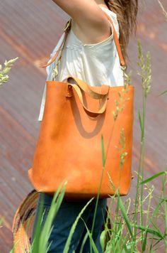 Handmade Large Leather Tote Bag von FarrellandCompany