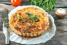 Kasvispiirakka Salmon Burgers, Quiche, Pie, Cupcakes, Cooking, Breakfast, Koti, Ethnic Recipes, Desserts