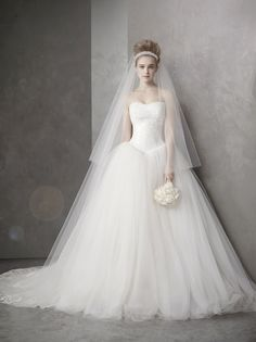 Vera Wang Wedding Dress #wedding #dress