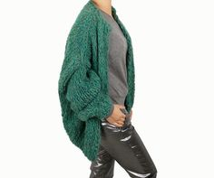 Green soft extra long sleeves chunky Kiro by Kim handknit