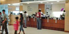"""Il governo thailandese non vuole pagare il conto per i turisti """"poveri"""" che  si fanno  ricoverare  in Thailandia: lo scorso anno, i turisti stranieri hanno lasciato una lista di conti sospesi per cinque milioni di baht in ospedali pubblici di  Pattaya e Phuket.    Secondo Mr. Pradit Sinthawanarong, il Ministro della Sanità, circa 2,5 milioni di visitatori stranieri vengono ricoverati in un ospedale thailandese."""