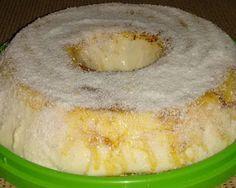 Ingredientes: 1 lata de creme de leite 1 lata de leite condensado 1 vidro de leite de coco (250 ml) 1 xícara de água 1 pacote de pó para maria-mole sabor coco 1 pacote de coco ralado (50 g) Modo de Preparo: Dissolva o pó da maria-mole na água fervente Bata no liquidificador o creme, …