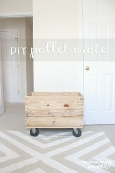 DIY Pallet Crate: My Castor Wheel Obsession. #DIYPalletCrate #diyprojects #diyideas #diyinspiration #diycrafts #diytutorial