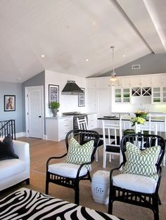 Garage Apartment Pictures   Above Garage Apartments Design, Pictures, Remodel, Decor and Ideas ...