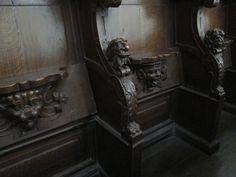 Eglise Sainte-Radegonde à Poitiers: Stalles fin XVI°s-début XVII°s.