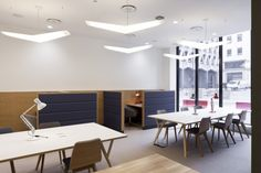 ClubRooms West End CoWorking MC HR.03.2013 700x466 The Office Groups Art filled West End Offices