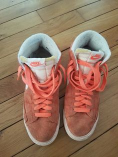 dc8766073cd66 Baskets Nike Blazer femme 40 - Couleur terre battue En peau Quelques traces  d usures