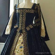 haute couture fashion Archives - Best Fashion Tips Mode Renaissance, Italian Renaissance Dress, Renaissance Costume, Renaissance Clothing, Historical Clothing, Elizabethan Dress, Elizabethan Clothing, Elizabethan Fashion, Medieval Gown