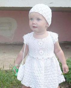 вязаное платье для девочки 1 год спицами с описанием